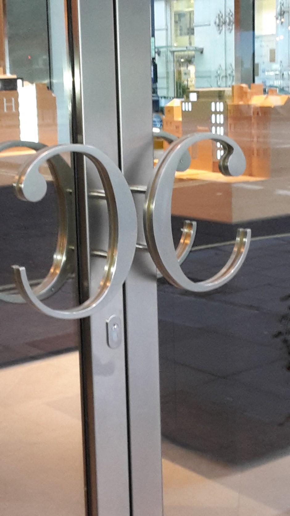 Bespoke formed handles